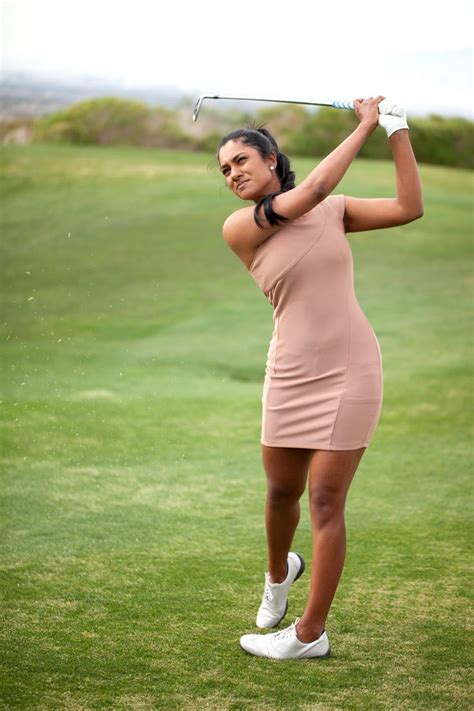 nude golf swing meet me nude golf and ladies golf