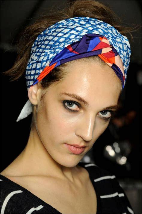 turban that straightens hair nyfw hair spiration turban love at marc by marc jacobs