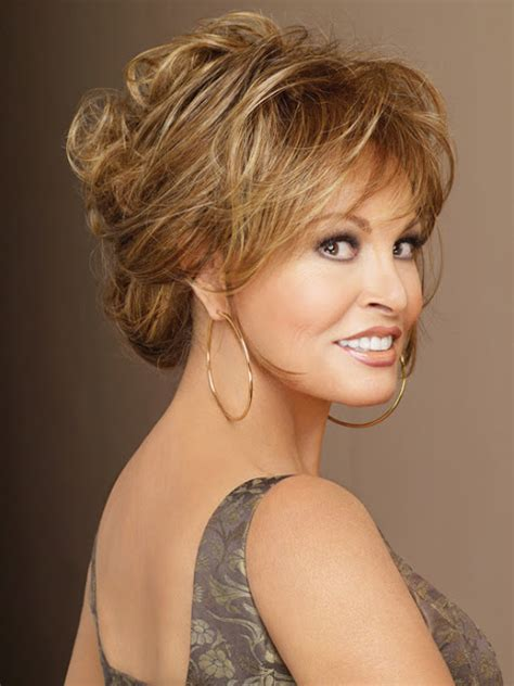 raquel welch hairstyles love those classic movies in pictures raquel welch