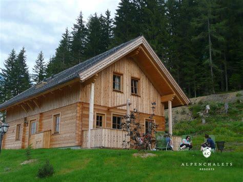 alpen chalets mieten chaletdorf dachsteinblick h 252 ttenurlaub in schladming