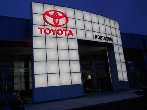 Toyota Dealership Jackson Tn Robinson Toyota Car Dealership In Jackson Tn 38305