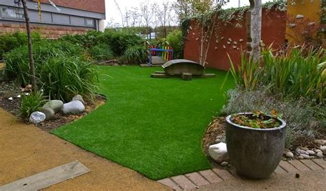 tappeto di erba sintetica prezzi prezzi erba sintetica prato costo prato in erba sintetica