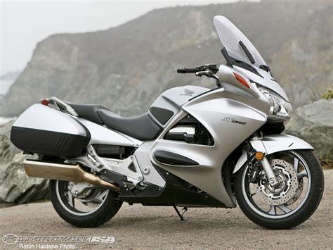 honda st1300 2008 honda st1300 comparison motorcycle usa