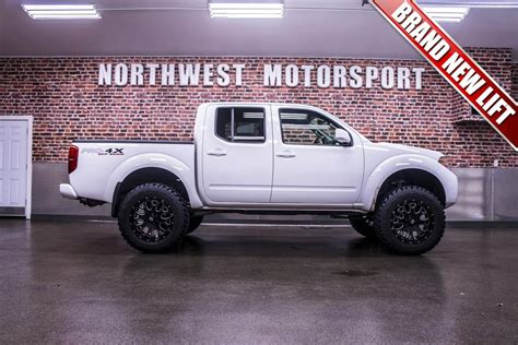 lifted nissan frontier white used 2012 nissan frontier pro 4x 4x4 truck for sale 16946
