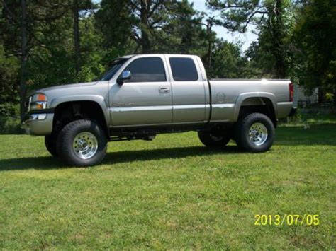 purchase used 2003 gmc sierra 2500 hd slt extended cab pickup 4 door 6 6l in fitchburg purchase used 2003 gmc sierra 2500 hd slt extended cab 4x4 4 door 8 1l in billings missouri