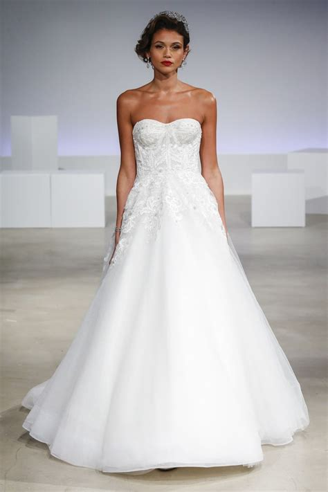 Wedding Gowns by 49 Gorgeous Wedding Dresses You Ve Never Seen Before