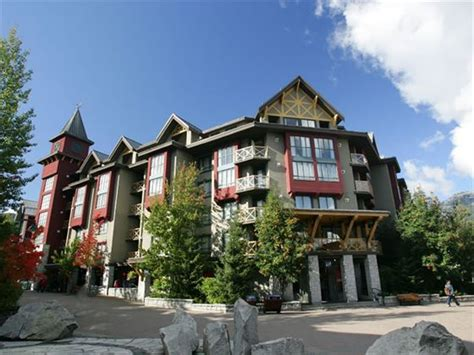 whistler inn and suites whistler hotels 2017 2018 holidays in whistler canadian sky
