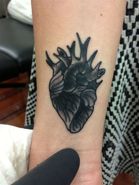 finger tattoo brisbane 208 best images about awesomely tattooed on pinterest