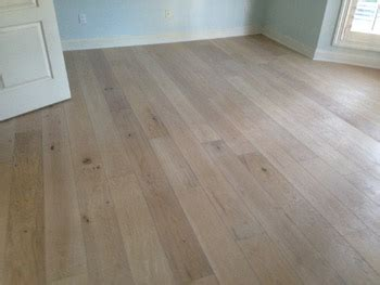 Engineered White Oak Flooring White Oak With White Stain Plantation Country Club Dan S Floor Store