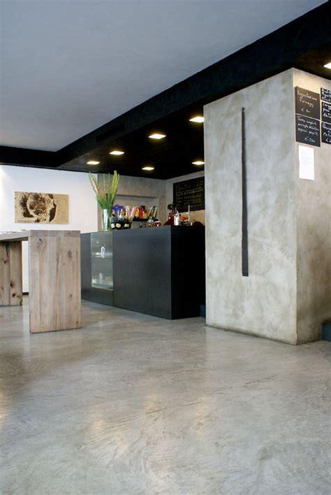 pittura per pavimenti in cemento foto parete e pavimento in cemento resina di pitture