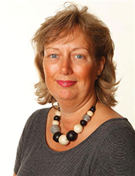 Author Diane Rich by How Rich Is Diane Net Worth Money Net Worth Roll