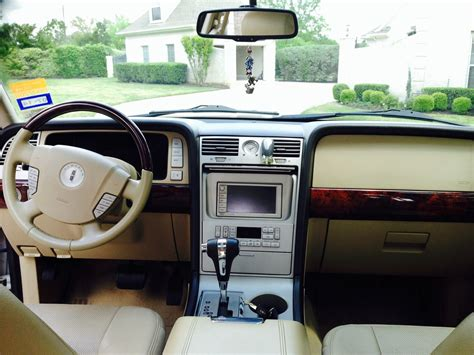 2006 Lincoln Navigator Interior by 2006 Lincoln Navigator Pictures Cargurus