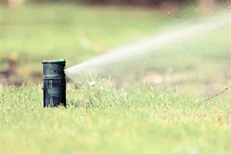 impianto irrigazione giardino fai da te impianto di irrigazione interrato fai da te casa affini