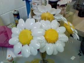 ваза из пластиковых бутылок с цветами своими руками
