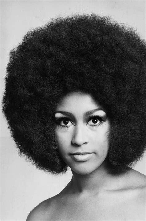 iconic women  prove style peaked    afro