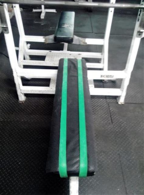 bench press resistance band form critique thread post your videos here page 33 myfitnesspal com