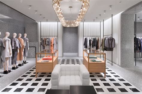 Get Excited With Valentino Boutique Opening by Valentino 187 Retail Design