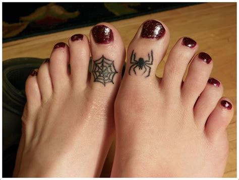 35 spider tattoos that will get you all tangled