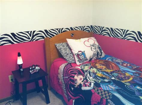 monster bedroom 1000 ideas about monster high bedroom on pinterest