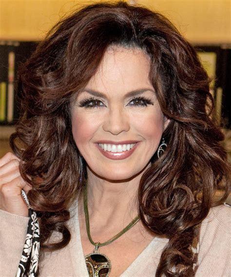 how is marie osmonds hair cut fabulous marie osmond heavy hairstyle