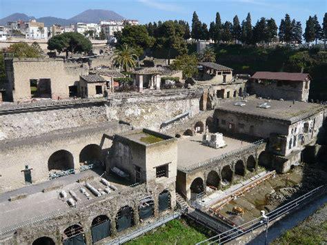 banco di napoli ercolano ercolano scavi hotel de charme decumani naples antico