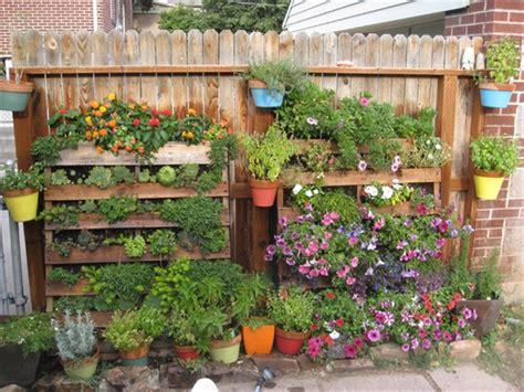 Vertical Garden Using Pallets Pallet Garden