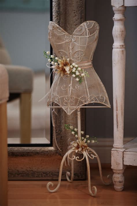 Bridal Mannequin, Bridal Room Decor, Metal Wire Mannequin