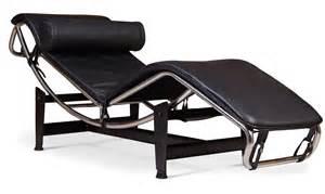chaise longue simili noir inspir 233 lc4 de le corbusier