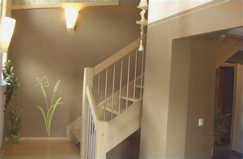 farbgestaltung treppenhaus einfamilienhaus wandgestaltung treppenhaus einfamilienhaus