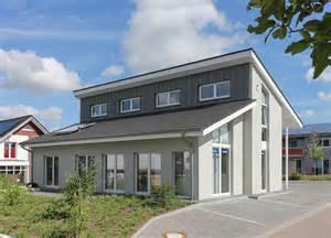 Designer Garage Door pultdachhaus in massivbauweise eco system haus