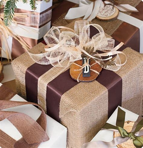 design ideas with burlap 33 adorable burlap christmas gifts wrapping ideas