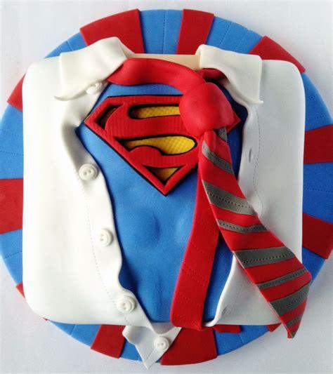 librero wonder woman superman birthday cake cakes beautiful cakes for the
