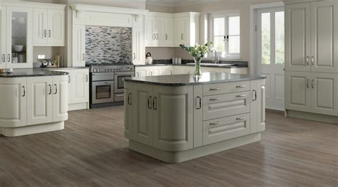 classic country kitchen designs country kitchens classic kitchen design mackintosh