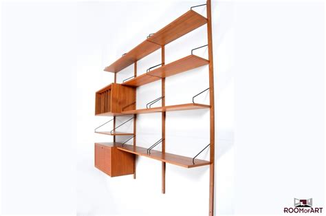 Wall Shelf System by Poul Cadovius Wall System In Teak Room Of