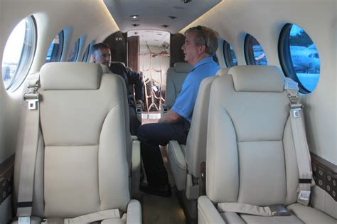 file beechcraft king air 350i interior jpg wikimedia