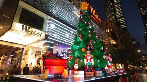 lego plant kerstboom van 10 meter hoog in sydney apparata