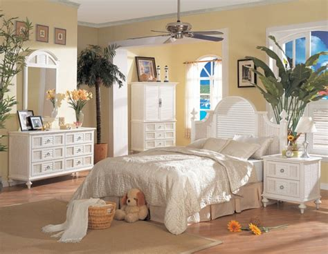 beach bedroom paint ideas beach theme paint ideas some tropical bedroom ideas for