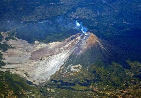 gunung sinabung kedahsyatan letusan  pesona keindahan
