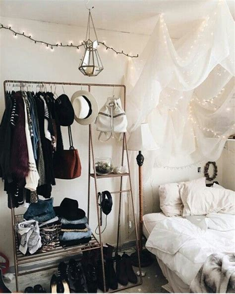 25 best ideas about urban outfitters room on pinterest best 25 hanging tapestry ideas on pinterest tapestry