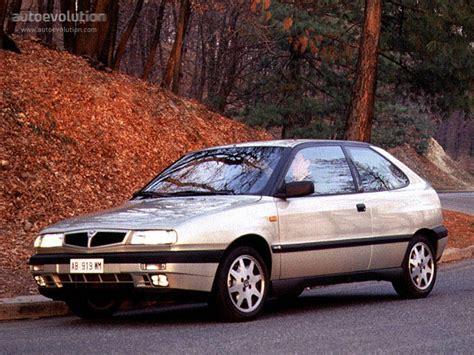 Lancia Delta 1995 Lancia Delta Hpe 1995 1996 1997 1998 Autoevolution