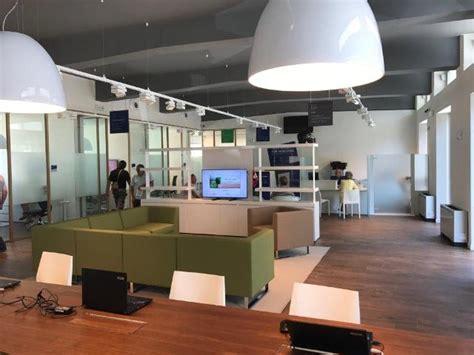 intesa san paolo filiali roma cr firenze inaugura la prima filiale nel grossetano