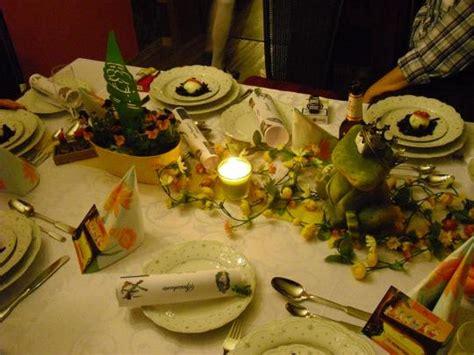 Schön Gedeckter Tisch by Krimi Total Die Zweifelhafte Welt Der M 228 Rchen Fotos