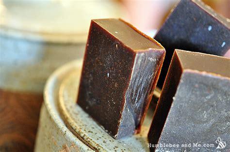Handmade Shoo Bars - organic bath soap recipes ftempo