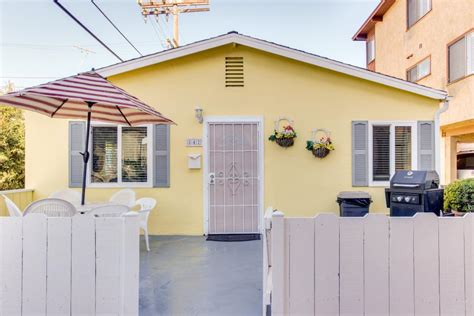 San Diego Cottage Rental by The Yellow Cottage 2 Bd Vacation Rental In San Diego Ca