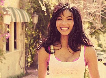 24 Charming Chanel Iman GIFs to Cheer You Up Guyspeed Gifs