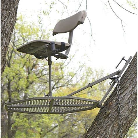 Lock On Deer Stand by Guide Gear 174 30 Quot Leveling Tree Stand 203506 Hang On Tree