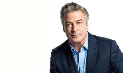 Alec Baldwin Pays For Soldiers College Tuition by Alec Baldwin Supports Global S Be Beautiful Be Yourself
