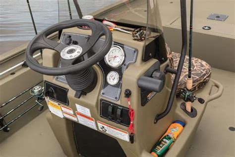 bass pro vaughan boat seats 2016 tracker grizzly 1860 mvx cc vaughan on for sale l4k