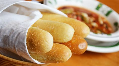 Olive Garden Bread Sticks by What Really Matters About The Olive Garden In