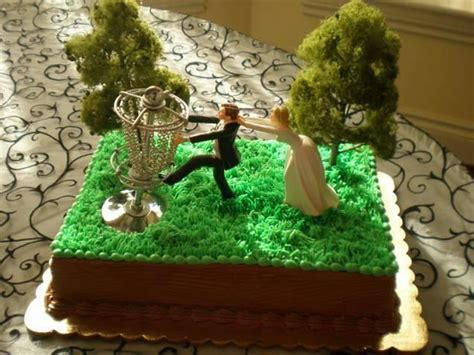 Disc golf #wedding cake? We'll provide the course and the